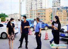 李宏伟副县长到县人民医院进行督导检查工作